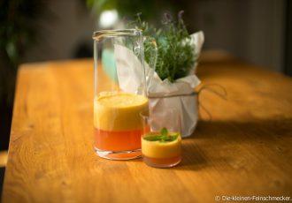 Orangen-, Apfel- und Karottensaft