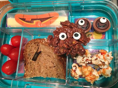 Halloween Lunch Box & Schoko Crossies