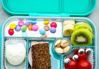 Lunchboxen mit Eiformer und Augen Foodpicker