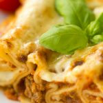 Cannelloni mit Bolognese