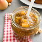 Aprikosenmarmelade-mit-Chiasamen