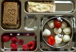 Brotbox mit Mozarella Sticks